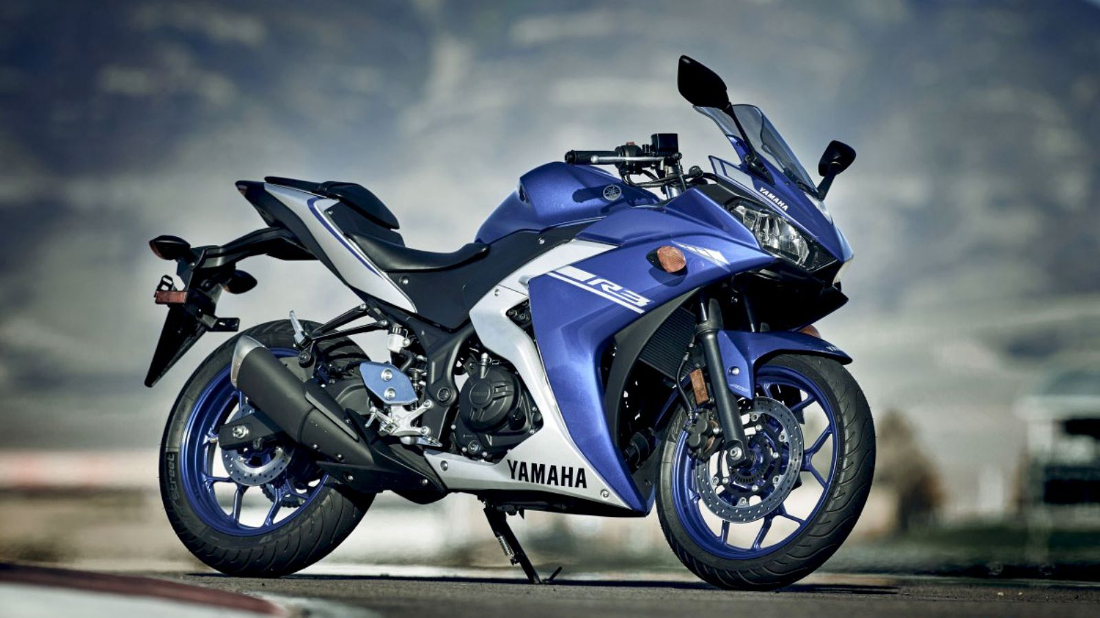 yamaha yzf r3 mt 03 yamaha. Black Bedroom Furniture Sets. Home Design Ideas