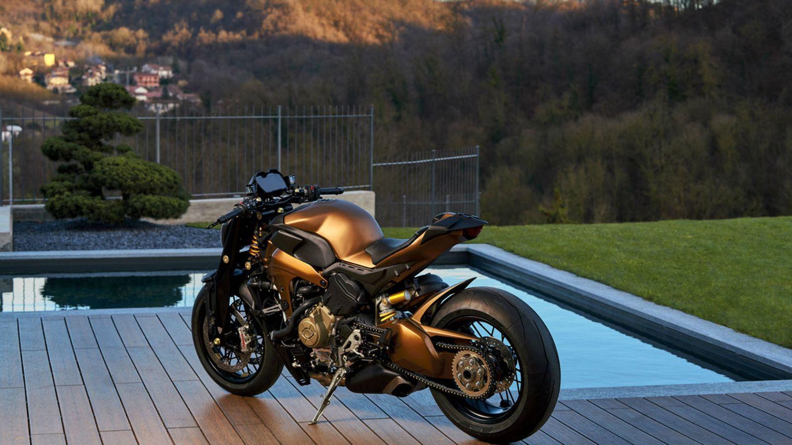 V4 Penta: Naked bike op basis van Ducati Panigale V4