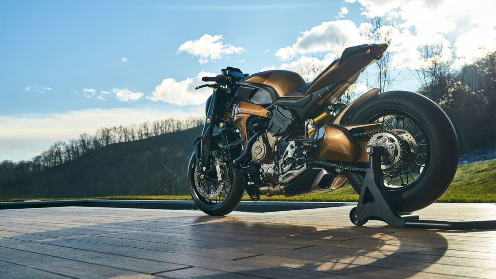 Custom-built Ducati V4 Penta To Fill The Void Of A Naked