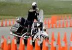 Απίστευτος έλεγχος μοτοσικλέτας!