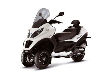 Mini Test: Piaggio MP3 300 LT Sport