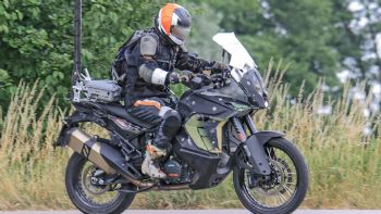 Spy pics: KTM 1090 Adventure 2019