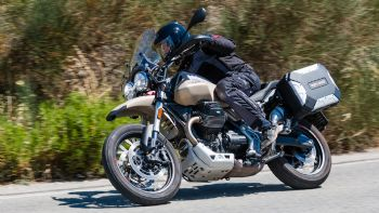 Moto Guzzi V85TT Travel - Test